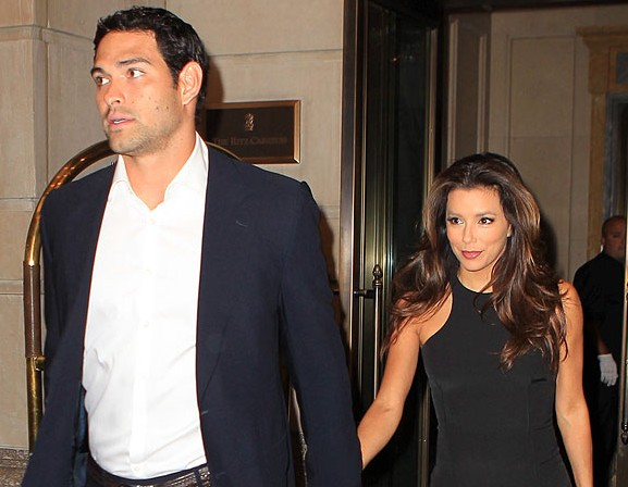 Mark-Sanchez-Eva-Longoria-Split-e1351043744494