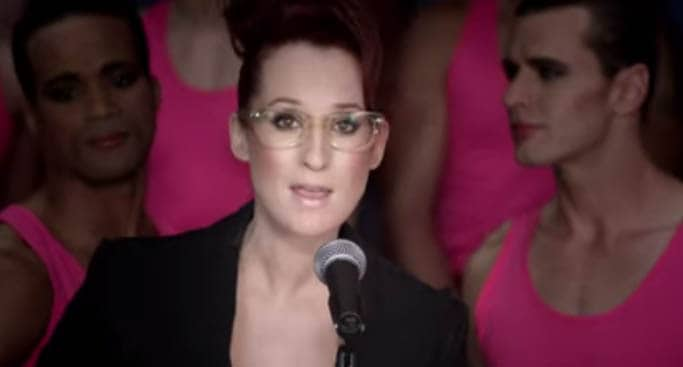 Ingrid Michaelson – Girls Chase Boys