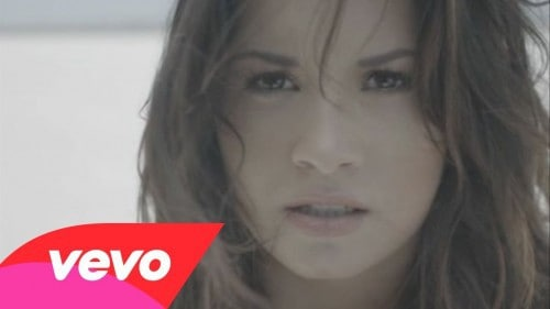 Demi Lovato – Skyscraper (Official Video)