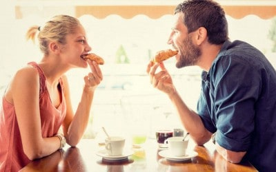 A Good Sign a Guy Is Into You Is How Much Food He Eats on a Date